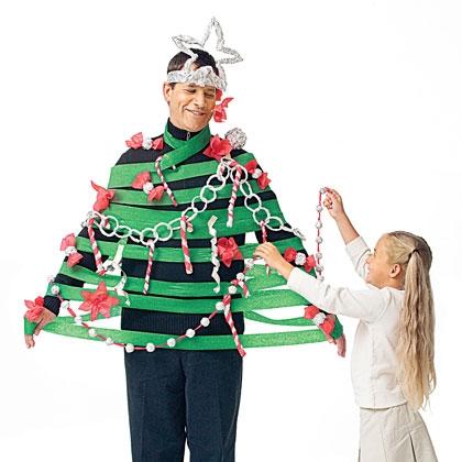 hilarisch idee... papa als kerstboom als afterparty... doen!