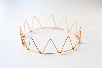 kroon van draad via dotcomformoms