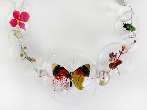 een vlinder in glas van Anne ten Donkelaar