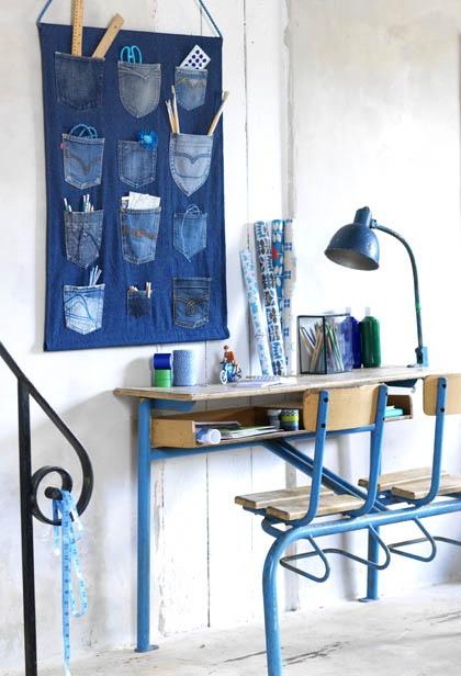 Je kunt ook mooie blauwe dingen maken voor de wand, bv deze zelfmaker van de 101 woonideeën