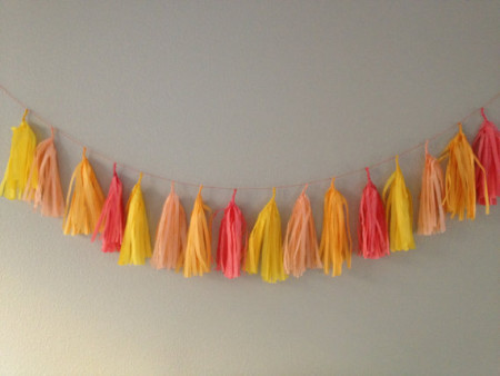 oranje tassel garlands via etsy