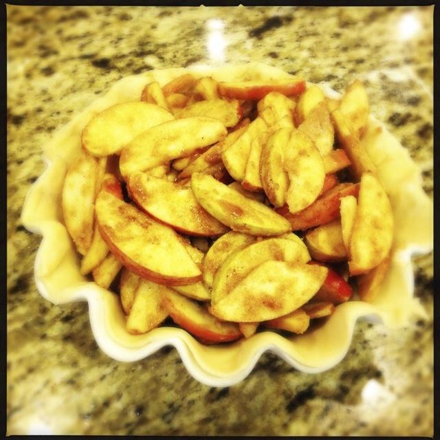 Sliced apples in pie