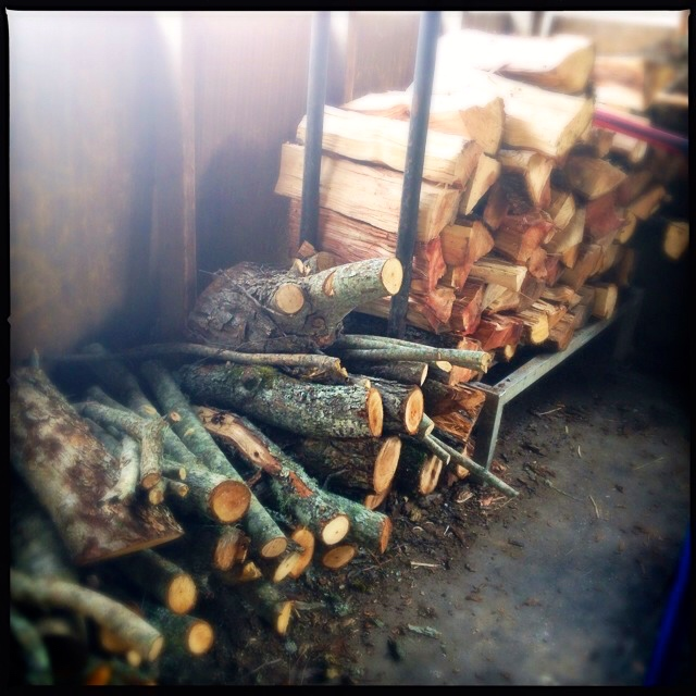 Pecan wood for smoking