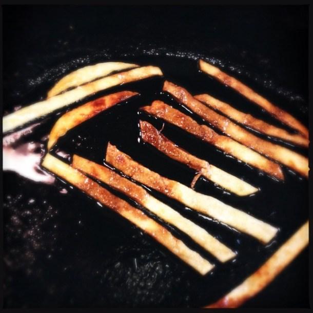 Frying tortilla strips