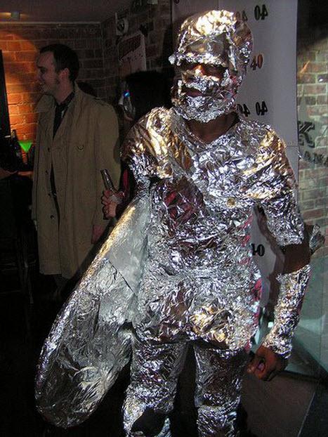 Hombre de metal disfraz para halloween