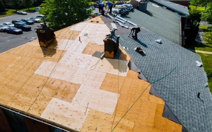 roof-replacing