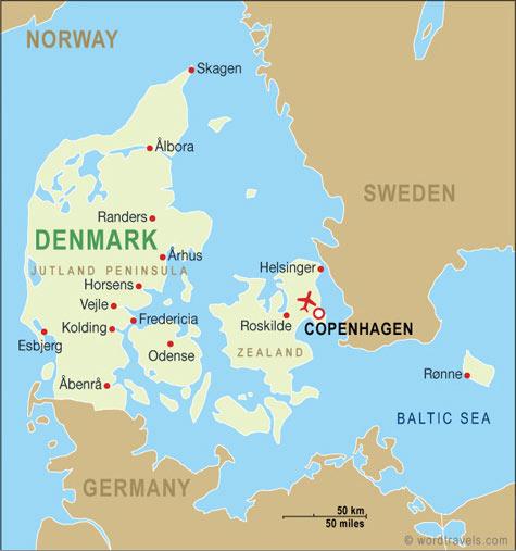 Kaart van Denemarken, links Jutland (Jylland) in het midden Funen (Fyn) en in het oosten Seeland (Sjælland)