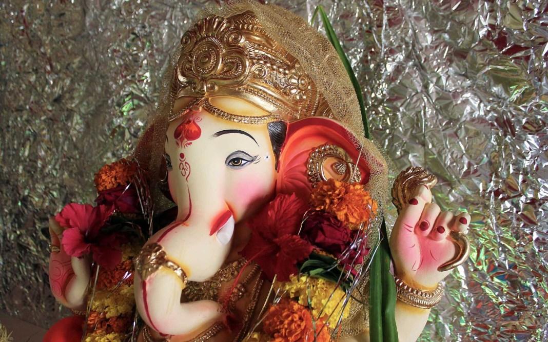 Lovely close up image of Siddhivinayak Ganpati for desktop