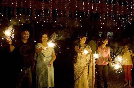 tumblr inline oy11c94k451usezny 540 - The Glittering Festival of Lights : Diwali/Deepavali