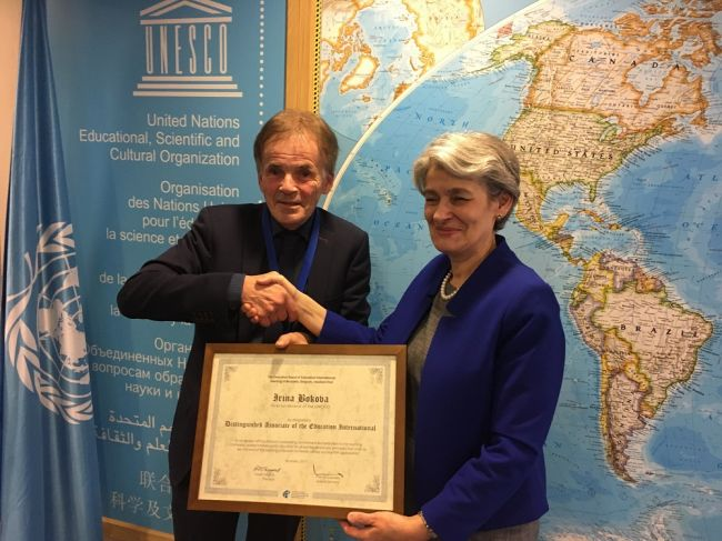 UNESCO Director-General Irina Bokova honoured by Education International