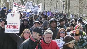 Solidarity with school bus strikers, Feb. 10, NYC.WW photo: Joseph Piette
