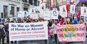 Leaving the speakout and taking to the streets.WW photo: Brenda Ryan