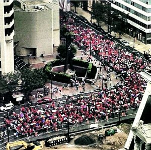Youths join teachers to demand better schools.Photo: Philadelphia Federation of Teachers