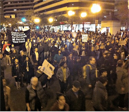 Oakland, Calif., Oct. 24.WW photo: Gil Ross