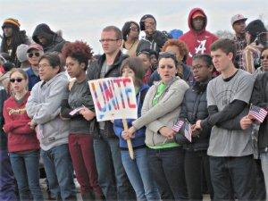 Students UNITED on the Pettus Bridge.WW photo: Minnie Bruce Pratt