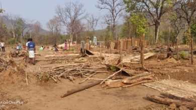 Photo of लॉकडाउन के बीच वन विभाग ने ध्वस्त कर दिए ओडिशा के आदिवासियों के घर
