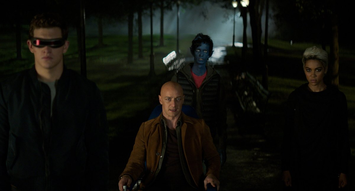 The X-Men arrive to stop the Dark Phoenix.
