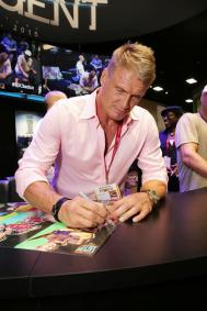 expendables-3-2014-comic-con-signing (7)