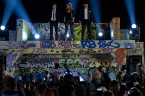 The Stage Is Set in 'Now You See Me' (2013)