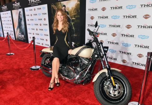"Marvel's' ""Thor: The Dark World"" Premiere - Red Carpet"