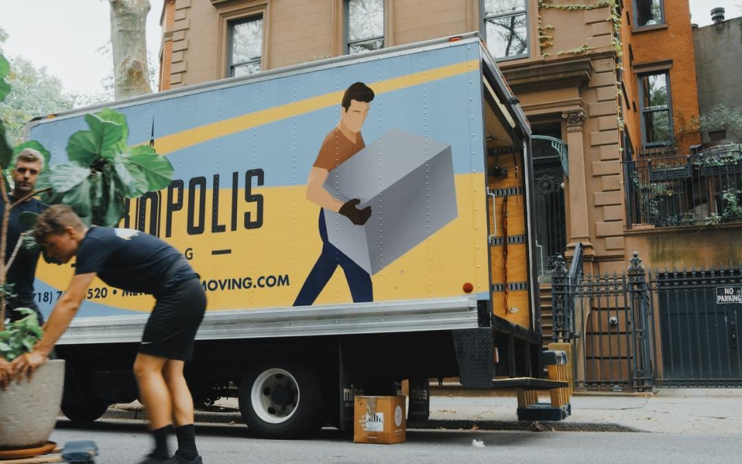 When Should You Hire Movers?