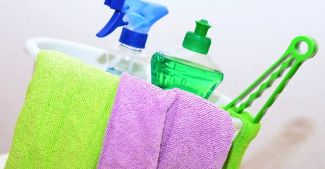 How to Keep a Clean House While Working Full Time