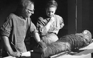 Overseeing the changes: Rosalie David, with Eddie Tapp, examines mummy no. 1770 11771 in 1975