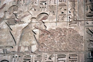 severed-hands-at-Medinet-Habu---credit-Elena-Pleskevich
