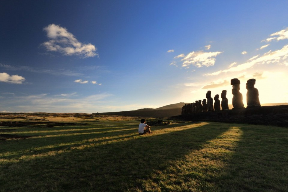 Waking up with the Moai by Shuo Huang, Winner of CWA Photo of the Year 2016
