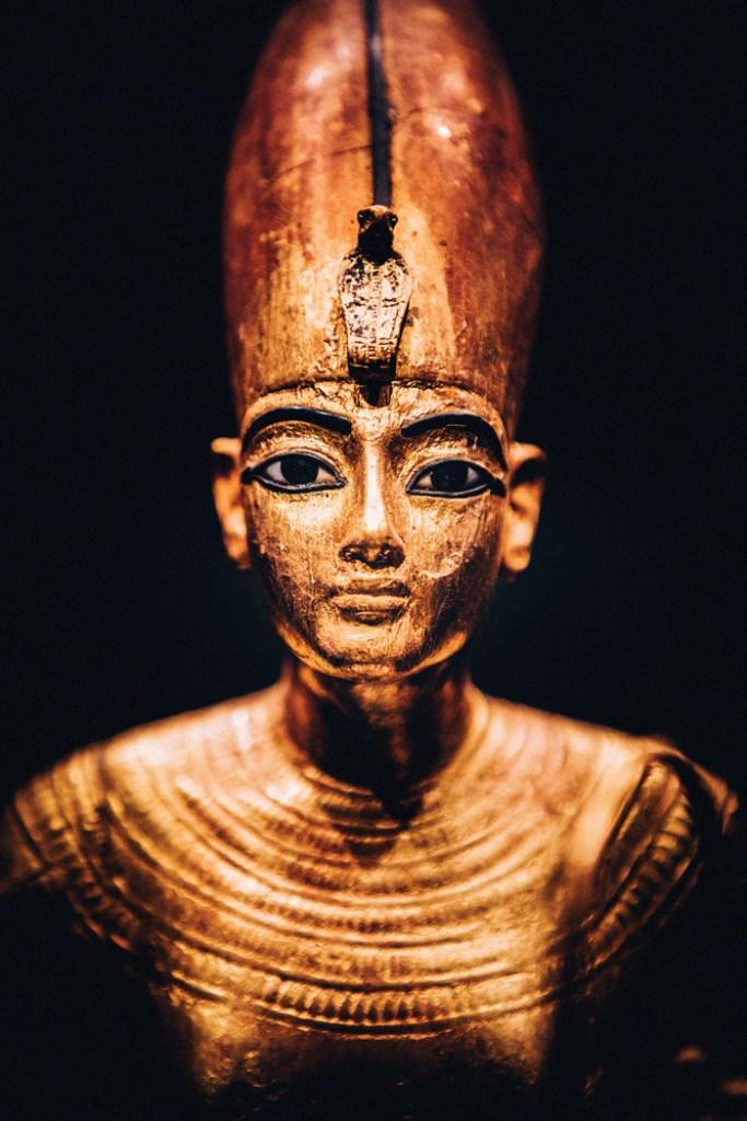 Gilded wooden statue of Tutankhamun