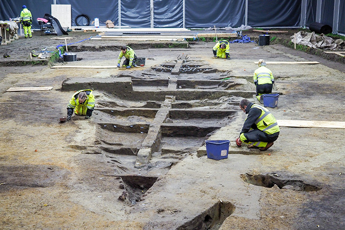 Ship shape: Viking burial found - World Archaeology