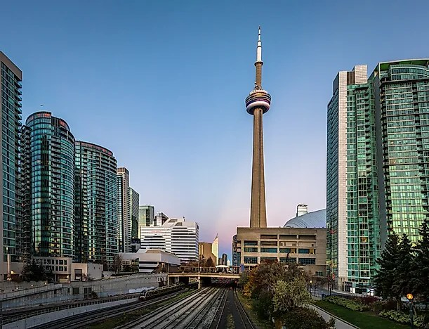 #5 CN Tower - Toronto, Canada