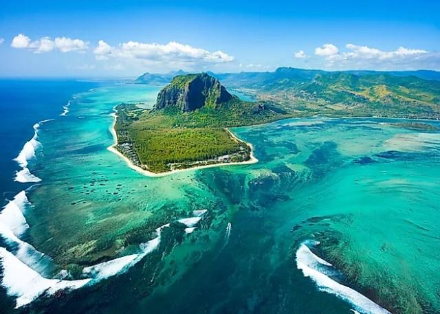 Hasil gambar untuk mauritius island