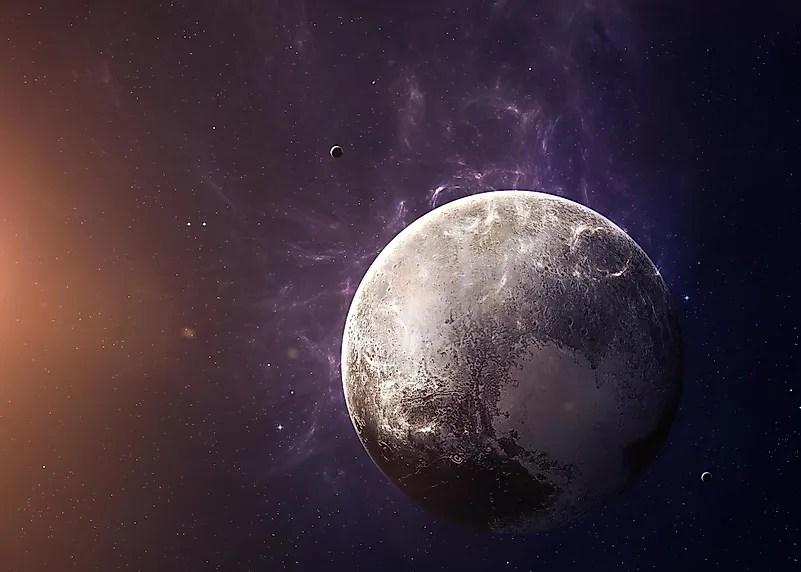 Quatorze anos atrás, a União Astronômica Internacional decidiu que Plutão não seria mais considerado um planeta, mas um planeta anão.