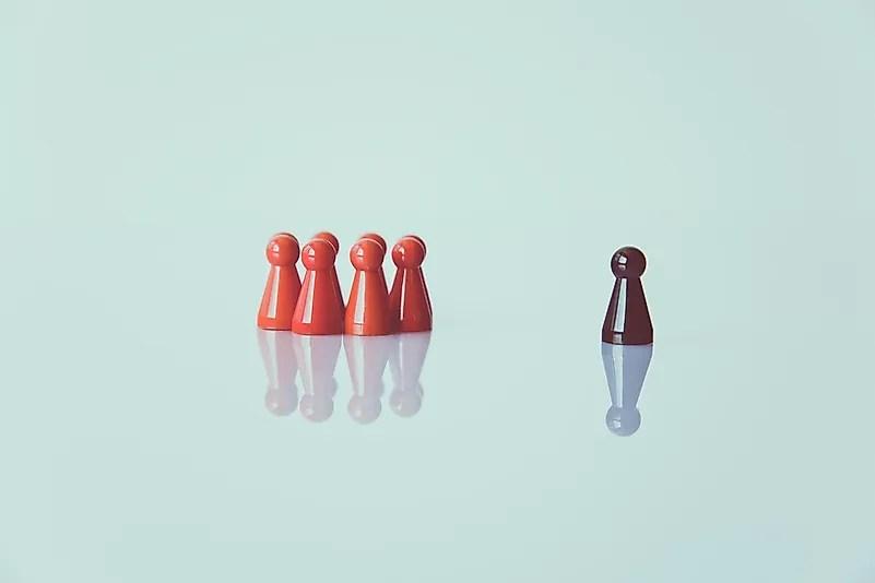 A xenofobia tem como alvo principalmente os chineses e os asiáticos.  Foto de Markus Spiske em Unsplash