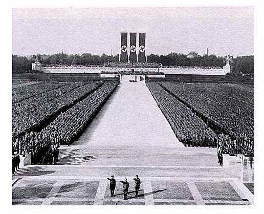 """Résultat de recherche d'images pour """"propagande nazie nuremberg"""""""