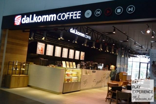dal-komm-coffee-cyberjaya-6