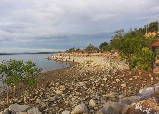 Pantai Minyak Beku Batu Pahat