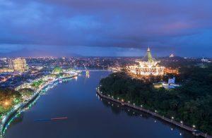 Darul Hana Bridge spanning the Sarawak river