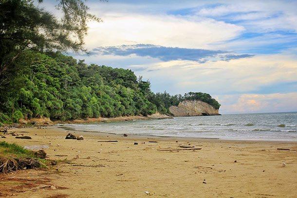 Pantai Tanjung Lobang Image