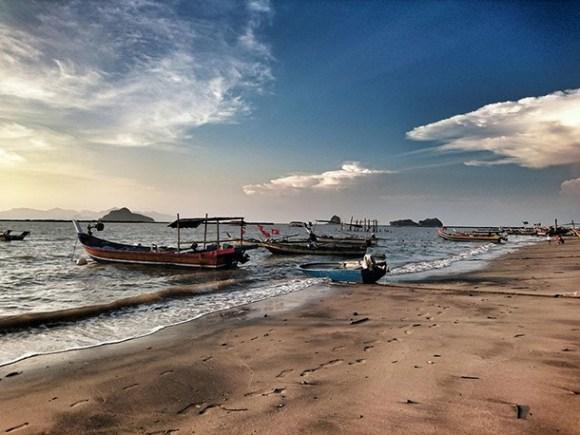 Pantai Pasir Hitam Image