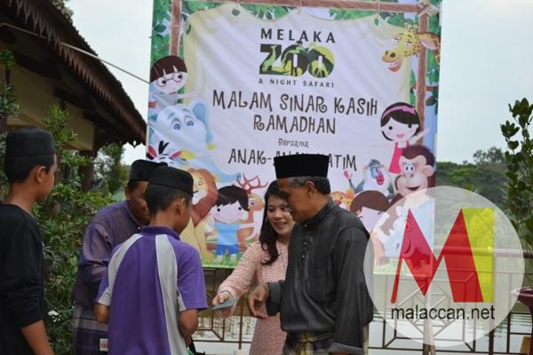 melaka-zoo-night-safari-celebrates-ramadhan-with-orphana-2