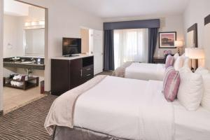 Best Western Plus Hotel at the Convention Center   World In Four Days: A Travel & Lifestyle Blog - Visit Long Beach
