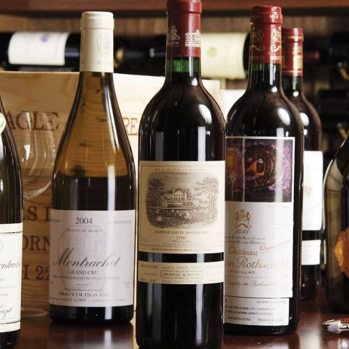 The Hotel Beverly Terrace + National Wine Day: Yes Please!