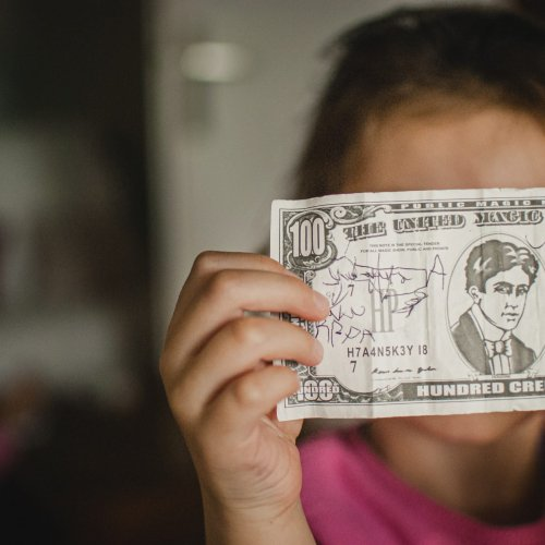 7 Important Tips For Raising Financially Responsible Kids