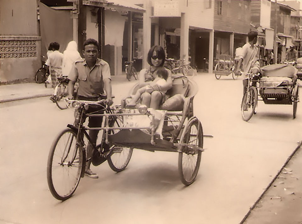 The author and her mother, Jane, on a rickshaw, Kota Bharu, 1970