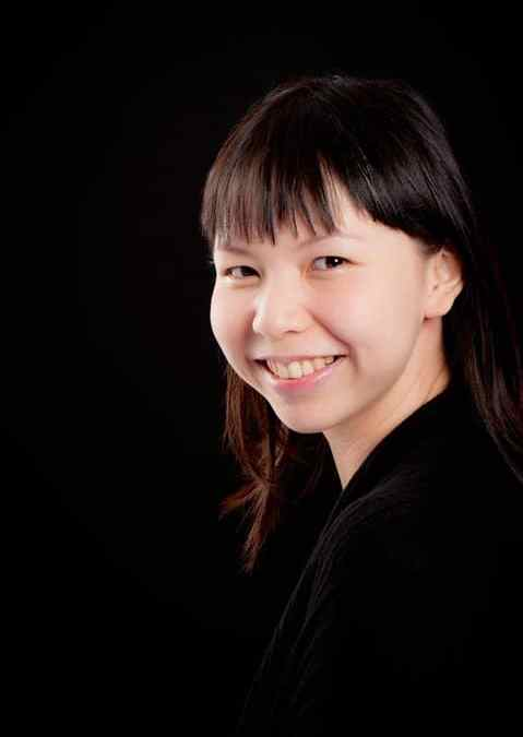 SINGAPORE: Interview with mamawearpapashirt