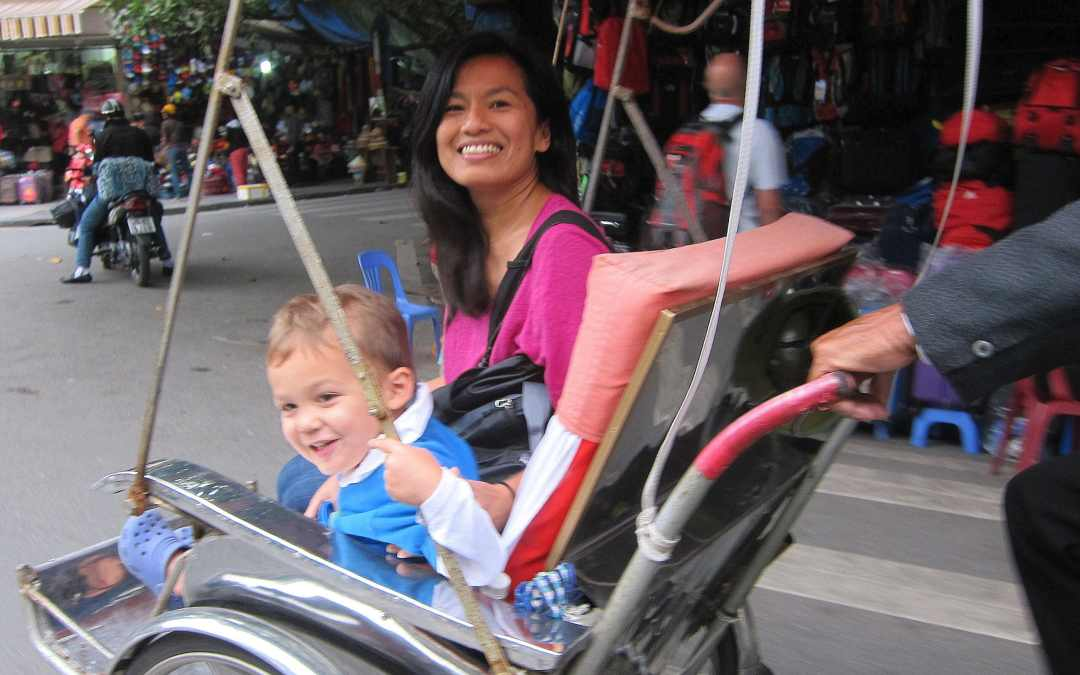 LAOS: Traveling As a Mom
