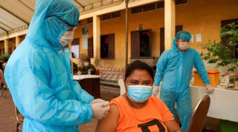 Camboya combinará vacunas como dosis de refuerzo para combatir el COVID