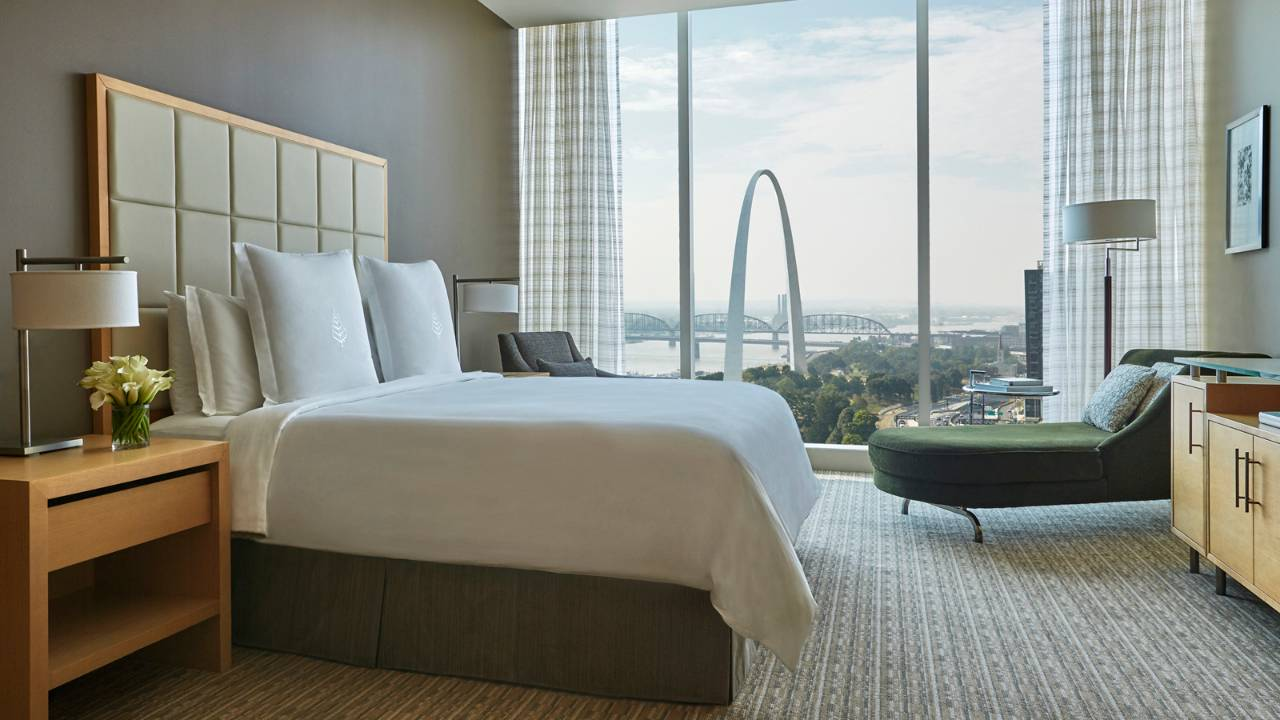 Photo courtesy of fourseasons.com/stlouis